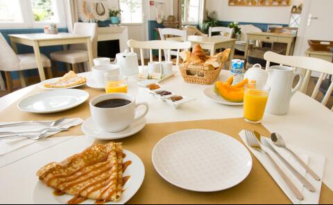 petit-déjeuner hotel casa cosy